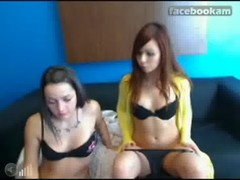 sexy lesbo teenagers on cam