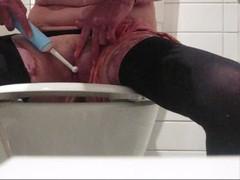 teen caught mastubating with hairbrush, electric toothbrush! HOT