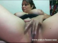 Mary 43 years Mom Florida toys at home