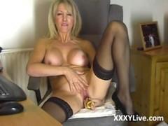 Sexy blonde milf masturbates at xxxylive.com