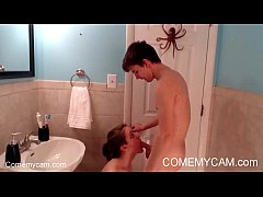 Virgin Step Sister hard fucking sucking to brother in bathroom on Comemycam.com