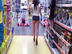 Booty girl Shorts in supermarket